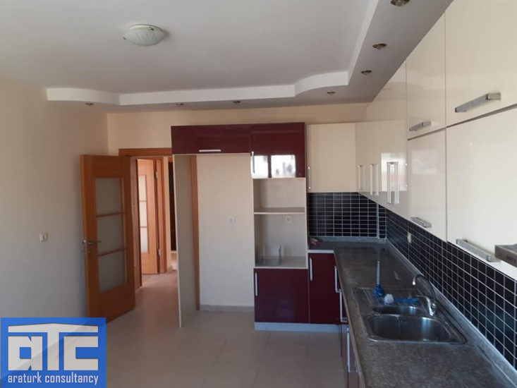 separated kitchen flat for rent in Mersin Turkey