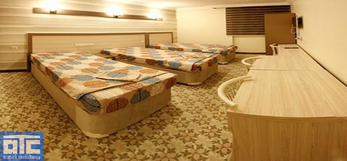 3 beds bedrooms