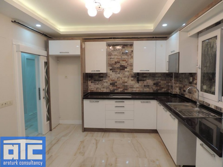Fatih Cd.,Mersin 33340,Apartment,For Rent,3 Bedrooms,4 Rooms ,2 Bathrooms,Fatih Cd.